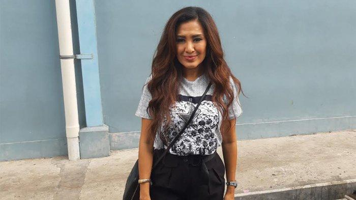 Liza Natalia saat ditemui di gedung Trans TV, Jalan Kapten Tendean, Mampang Prapatan, Jakarta Selatan, Jumat (6/12/2019).