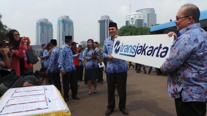 Logo Baru Transjakarta Karya Anak Muda Berusia 20 Tahun