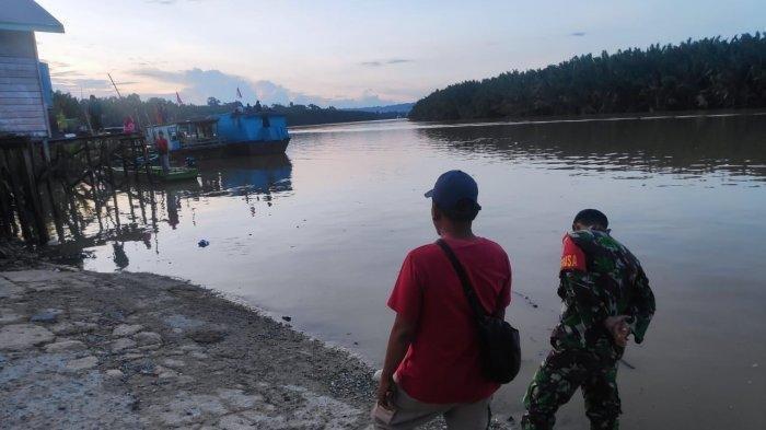 Kapal Feri yang Angkut Tiga Mobil Tenggelam di Kutai Timur