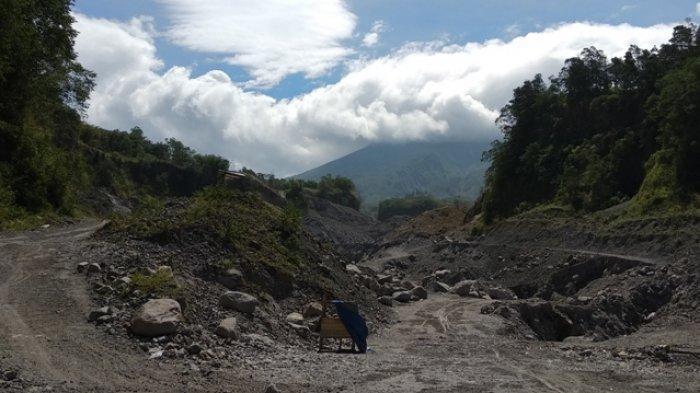 Aktivitas Gunung Merapi Meningkat, Penambang Pasir di Kali Gendol Diminta Libur Dulu