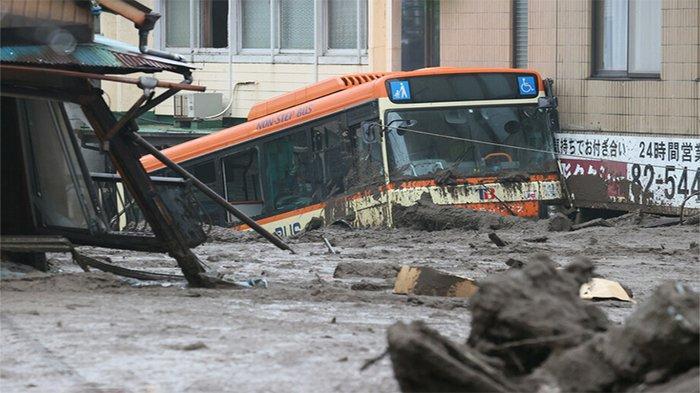 Banjir dan Longsor di Shizuoka Jepang, 2 Korban Tewas, 12 Lainnya Masih Hilang