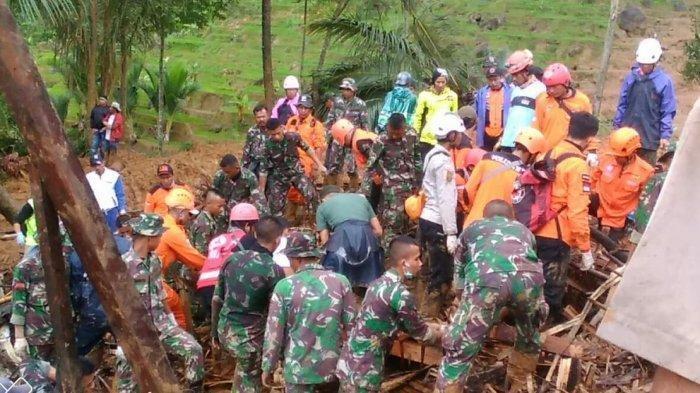 Evakuasi Korban Longsor Sukabumi Terus Berlangsung Meskipun Muncul Suara Gemuruh di Lokasi Kejadian