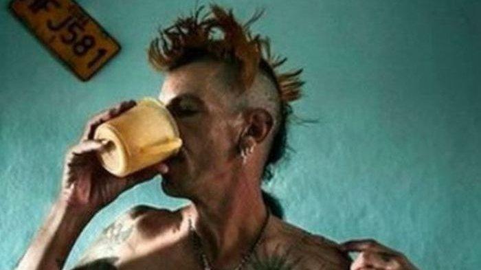 Genk Punk Asal Kuba Beramai-ramai Suntikkan Virus HIV ke Dalam Tubuh Sendiri