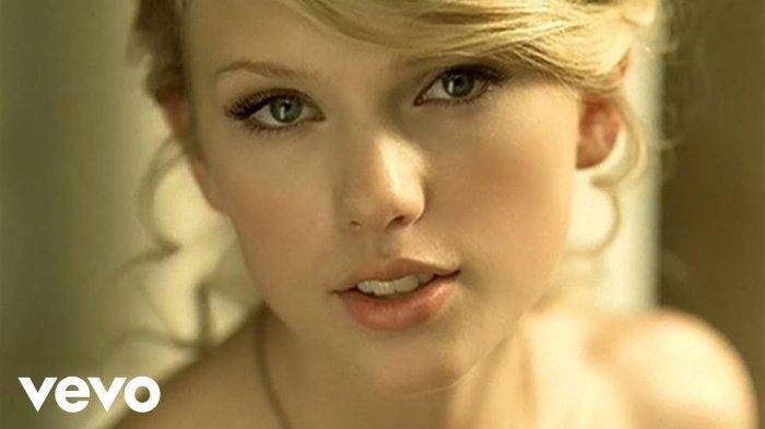 Chord Lagu Gorgeous - Taylor Swift, Kunci Gitar dari C: Whiskey on Ice, Sunset and Vine