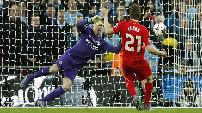 Liverpool Gagal di Piala Liga, Henderson: Ambil Positifnya Saja
