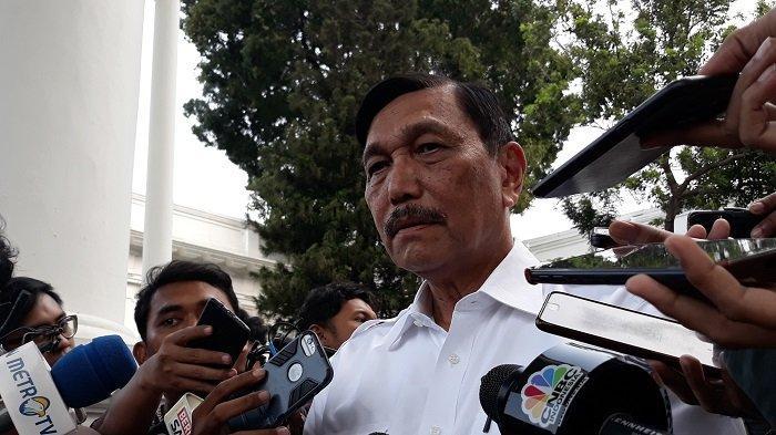 Menko Kemaritiman Luhut Binsar Panjaitan di Istana Kepresidenan Jakarta, Selasa (15/10/2019)