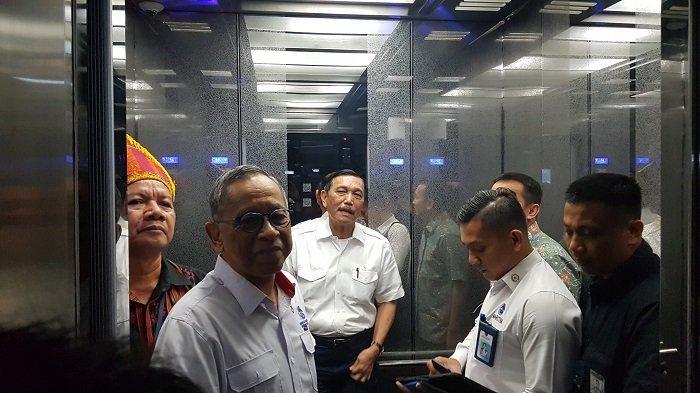 Luhut Sambut Prabowo di Perayaan Natal, ''Beliau Teman Lama''
