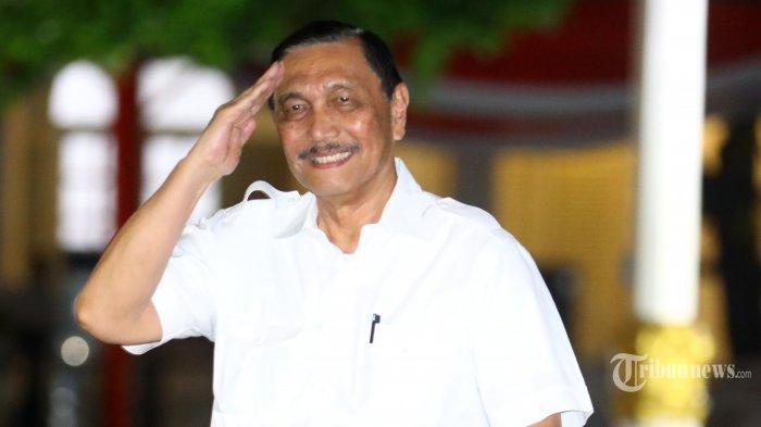 Cerita Luhut, Sedang Mandi di Rumah Saat Ditelepon Pihak Istana Segera Temui Jokowi