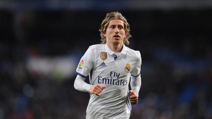 LIVE Streaming Real Madrid vs Valencia: Bukti Cinta Modric, Rela Dipotong Gaji Asalkan Dipertahankan
