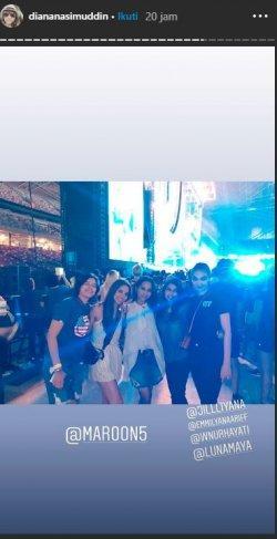 Potret Luna Maya, Diana Nasimuddin saat menonton konser