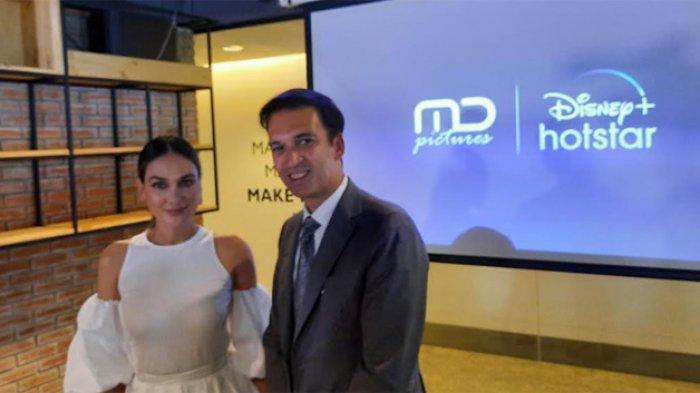 Luna Maya dan Manoj Punjabi saat ditemui di gedung MD Picture, Setiabudi Jakarta Selatan, Senin (24/8/2020).