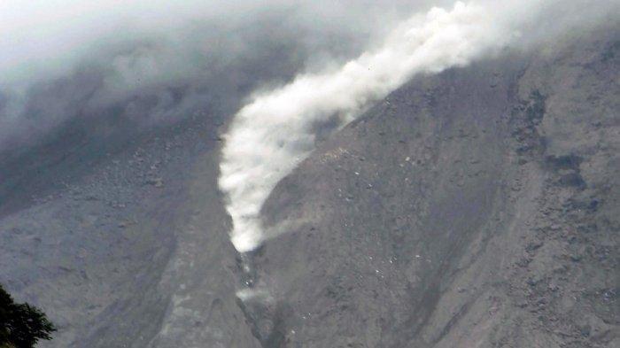 UPDATE: 6 Jam Terakhir Gunung Merapi 5 Kali Luncurkan Guguran Lava Pijar