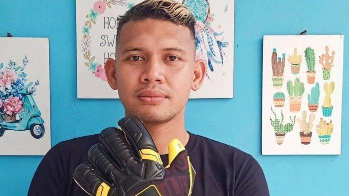 Kiper Madura United Asal Tangerang Selatan Ini Masih Enak Merantau