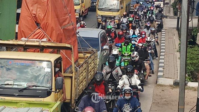 Kasus Covid-19 Melandai, Gubernur Anies Kembalikan Jakarta ke PSBB Transisi hingga 25 Oktober
