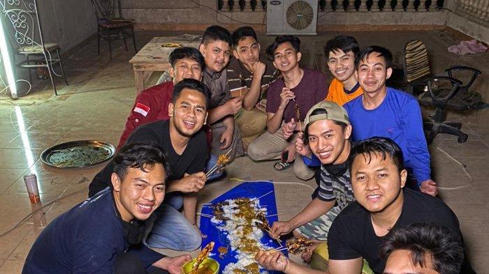 Cerita Mahasiswa Indonesia Lebaran di Meir: Halal Bihalal Online