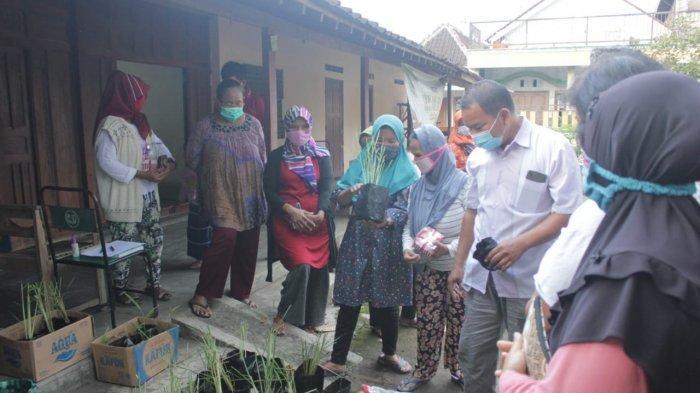 Mahasiswa UNS Gelar KKN pada Masa Pandemi di Dusun Karangduren, Karanganyar