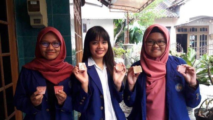 Mahasiswa UNY Ciptakan Sabun Kecantikan Kulit dari Daun Petai Cina, Tanpa Bahan Kimia,