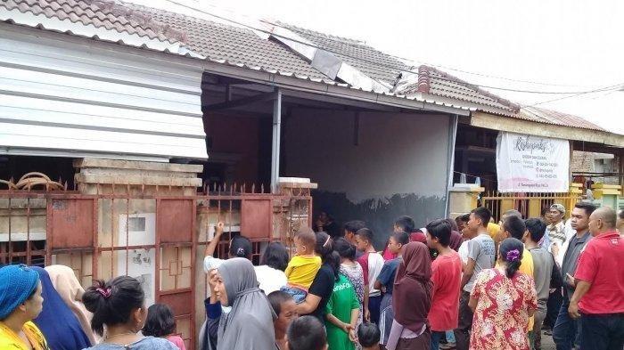 Seorang mahasiswi ditemukan meninggal dunia di dalam rumah Perumahan Citra Elok, RW 3 Kelurahan Tamangapa, Kecamatan Manggala, Makassar, Sabtu (14/12/2019) sore.