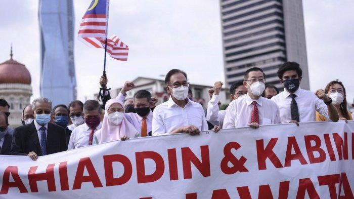 Pemimpin Oposisi Malaysia Anwar Ibrahim Gelar Unjuk Rasa, Serukan PM Muhyiddin Yassin untuk Mundur