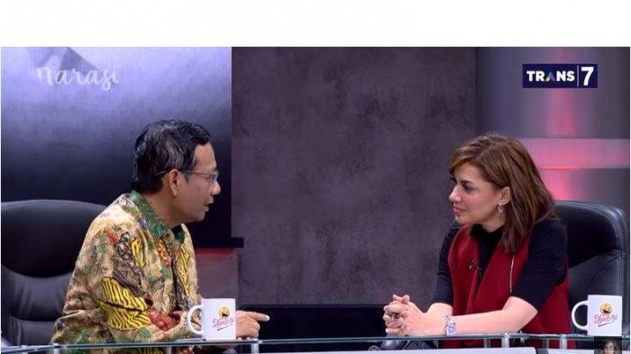 """Kasus Jiwasraya perlahan terkuak, bahkan Jaksa Agung Sanitiar Burhanuddin sendiri yang mengumumkan para tersangkanya. Bagi Menko Polhukam Mahfud MD, ini salah satu kemajuan dalam bidang hukum di Indonesia. """"Pernah tidak Anda dalam 15 tahun dengar Jaksa Umum umumkan kasus korupsi pemerintahan? Ini ada sekarang,"""" tegas Mahfud."""