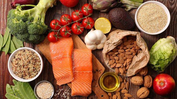 Makanan tinggi serat dapat menurunkan kolesterol tinggi.