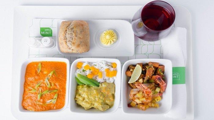 7 Rahasia Makanan di Pesawat yang Tak Banyak Diketahui Penumpang