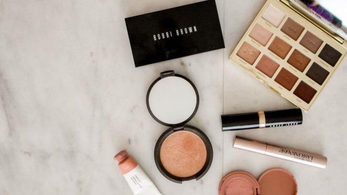 Skincare dan Makeup Kamu Kedaluwarsa? Manfaatkan untuk Hal Ini