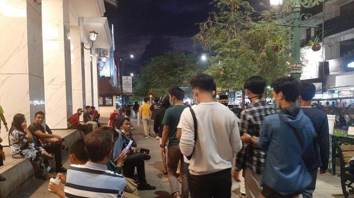 Hari Terakhir Libur Panjang, Jalan Malioboro di Yogyakarta Ramai Wisatawan