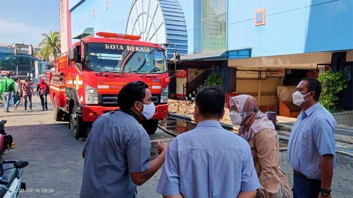 Mall Plaza Pondok Gede Terbakar, Tak Ada Korban Jiwa