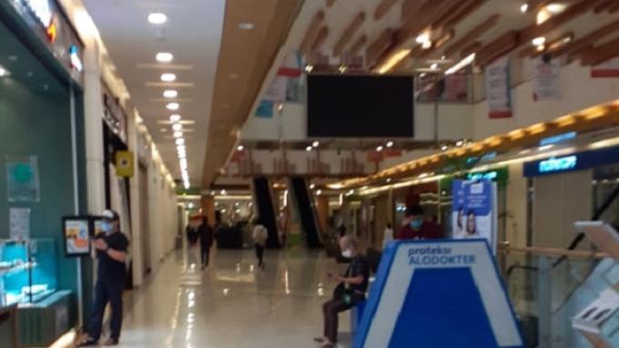 Suasana pusat perbelanjaan Mall Summarecon Bekasi menjelang pemberlakuan new normal oleh Pemerintah di masa pandemi Covid-19, Selasa, 26 Mei 2020.