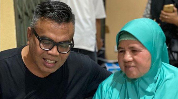 Dari Komedi, Karier Abdel Achrian Melesat, Kini Terkenal Host di Acara Mama Dedeh