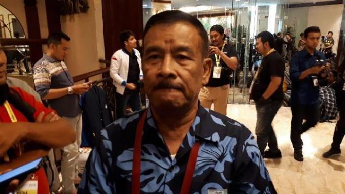 Manajer Persib Bandung, Umuh Muchtar saat ditemui di sela-sela Kongres Luar Biasa PSSI, Hotel Shangri-La, Jakarta, Sabtu (2/11/2019).