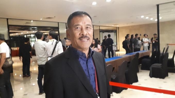 Manajer Persib Bandung, Umuh Muchtar saat ditemui seusai mengikuti kegiatan Kongres Luar Biasa (KLB) PSSI di Hotel Mercure, Ancol, Jakarta, Sabtu (27/7/2019) malam.