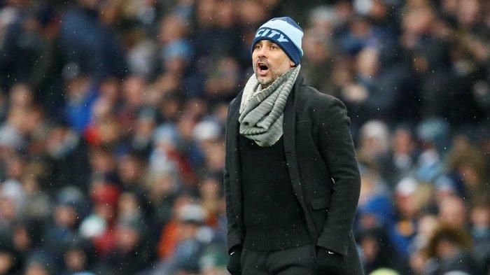 Ekspresi pelatih Manchester City, Pep Guardiola saat timnya bertanding melawan Everton dalam laga pekan ke-17 Liga Inggris di Etihad Stadium, Sabtu (15/12/2018) malam WIB.