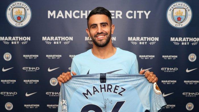 Pemain baru Manchester City, Riyad Mahrez yang dibeli dengan banderol 60 juta pounds atau sekitar Rp 1,1 triliun dari Leicester City, Kamis (12/7/2018).