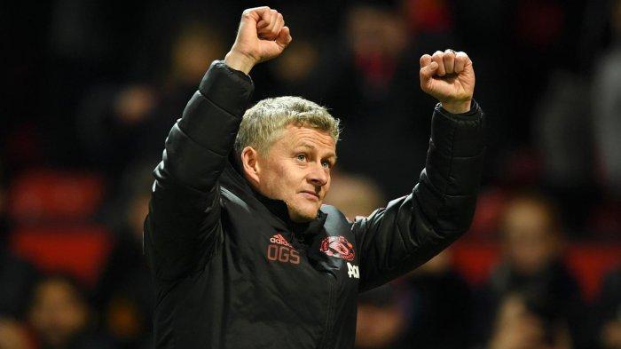 Ekspresi pelatih Manchester United, Ole Gunnar Solskjaer saat timnya memenangi laga kontra Brighton and Hove Albion pada pekan ke-23 Liga Inggris di Stadion Old Trafford, Manchester, Inggris, Sabtu (19/1/2019) malam WIB.