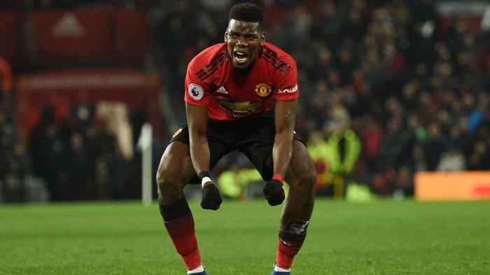 Pemain Manchester United, Paul Pogba merayakan golnya ke gawang Brighton and Hove Albion yang dicetaknya melalui tendangan penalti pada laga pekan ke-23 Liga Inggris di Stadion Old Trafford, Manchester, Inggris, Sabtu (19/1/2019) malam WIB.