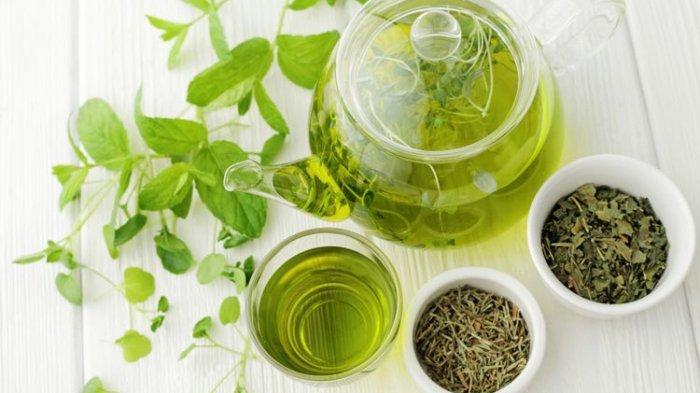 ILUSTRASI - Teh herbal seperti lemon dan chamomile dapat meredakan depresi dan kecemasan dengan menenangkan saraf yang membuat tubuh Anda rileks.