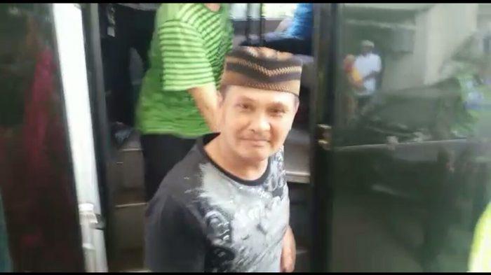 Daeng Azis Mengaku sebagai Pemasok Bir untuk 76 Kafe di Kalijodo