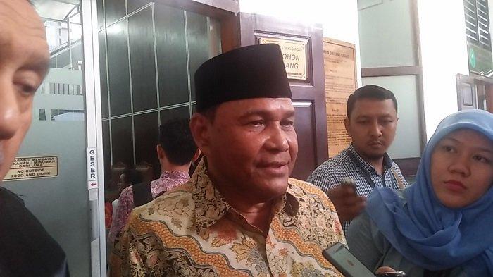 Mantan Gubernur Aceh Abdullah Puteh mengajukan banding setelah divonis satu setengah tahun penjara oleh Majelis Hakim Pengadilan Negeri Jakarta Selatan pada Selasa (10/9/2019) di Pengadilan Negeri Jakarta Selatan.