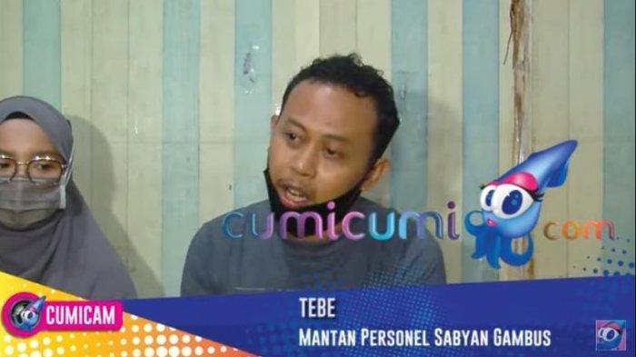 Eks personel Sabyan Gambus, Tubagus Syaifulloh atau Tebe buka suara soal isu Ayus dan Nissa selingkuh hingga meminta connecting room di hotel saat manggung.