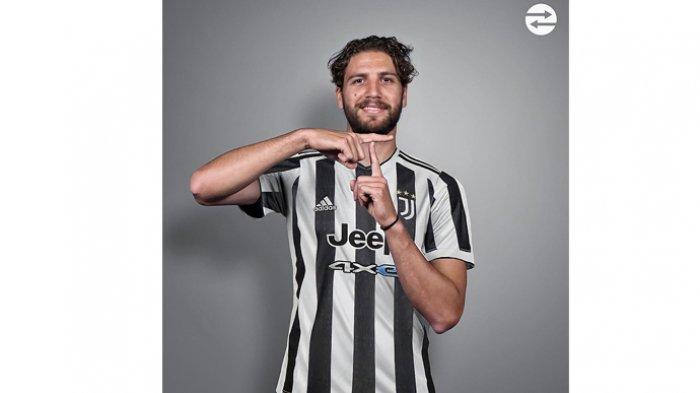 Manuel Locatelli, pemain Sassuolo yang dikabarkan segera pindah ke Juventus setelah negosiasi panjang berakhir dengan kesepakatan pinjaman 2 musim. Foto adalah ilustrasi Manuel Locatelli pakai mock up jersey Juventus.