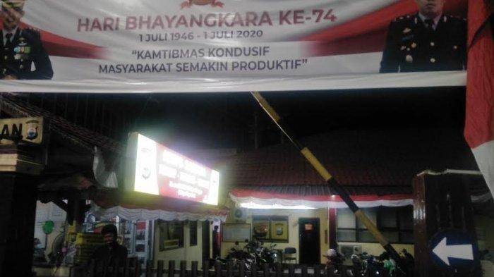 Viral Video Melempar Kitab Suci, Polisi Amankan Seorang Perempuan di Makassar