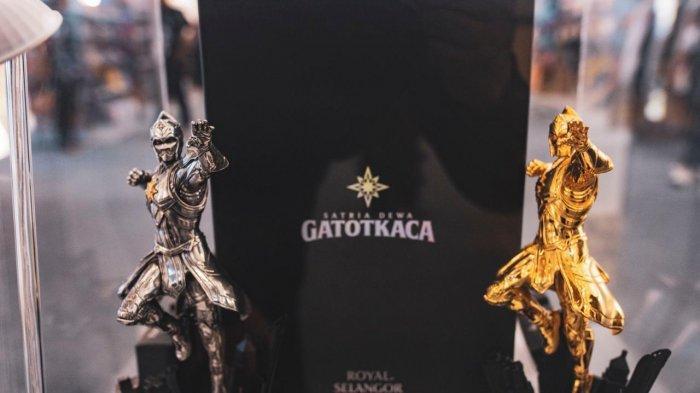 Marchendise Satria Dewa GatotKaca yang dipamerkan dalam acara GatotKaca Takeoff di Mall Kota Kasablanka.