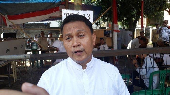 Mardani Ali Sera usai menggunakan hak suara di TPS 43 Pondok Gede Kota Bekasi