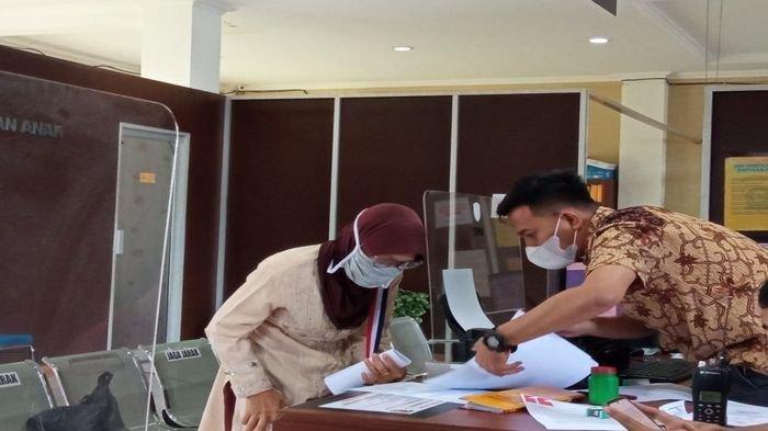 Emas Senilai Rp 115 Juta Dicuri Anaknya Sendiri, Ibu Ini Melapor ke SPKT Polrestabes Palembang