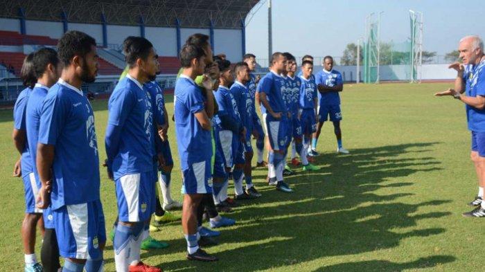 Persib Bandung Maksimalkan Persiapan Sebelum Bertolak ke Jakarta Hadapi Persija