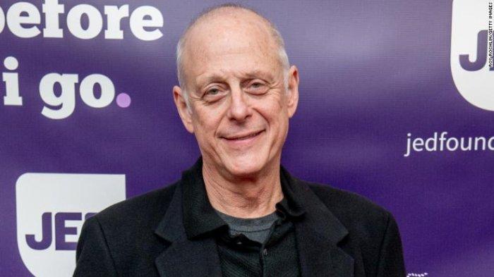 Aktor Veteran Mark Blum Meninggal Dunia karena Virus Corona