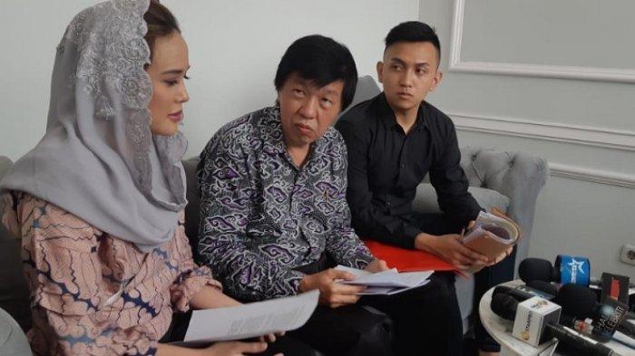Martin Pratiwi dalam  jumpa pers di kawasan Kemang, Jakarta Selatan, Jumat (14/9/2018).