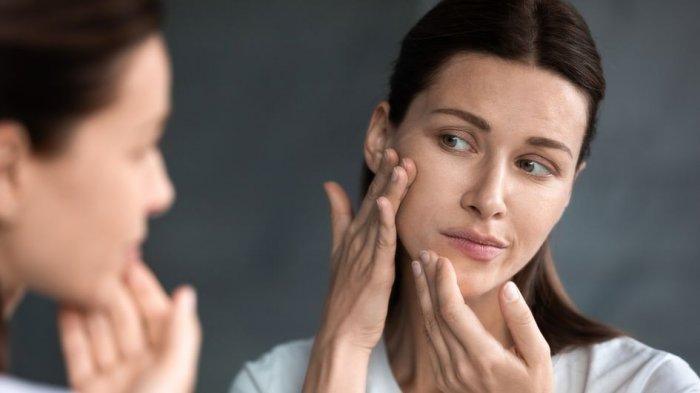 Segera Hentikan! Ini 7 Tanda Makeup Tidak Cocok untuk Kulitmu